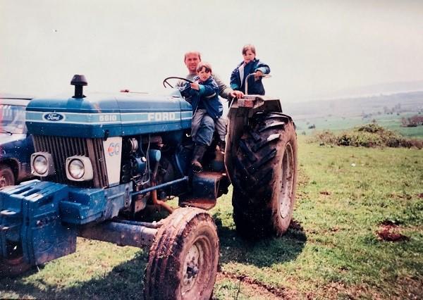 Από μικρά παιδιά στην αγροτική ζωή